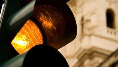 semaforo giallo sentenza cassazione1 480x271 - Home